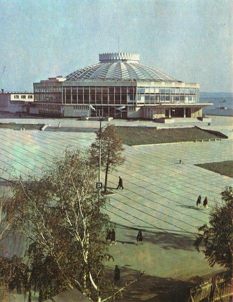 Тагильский цирк  1980 г..jpg